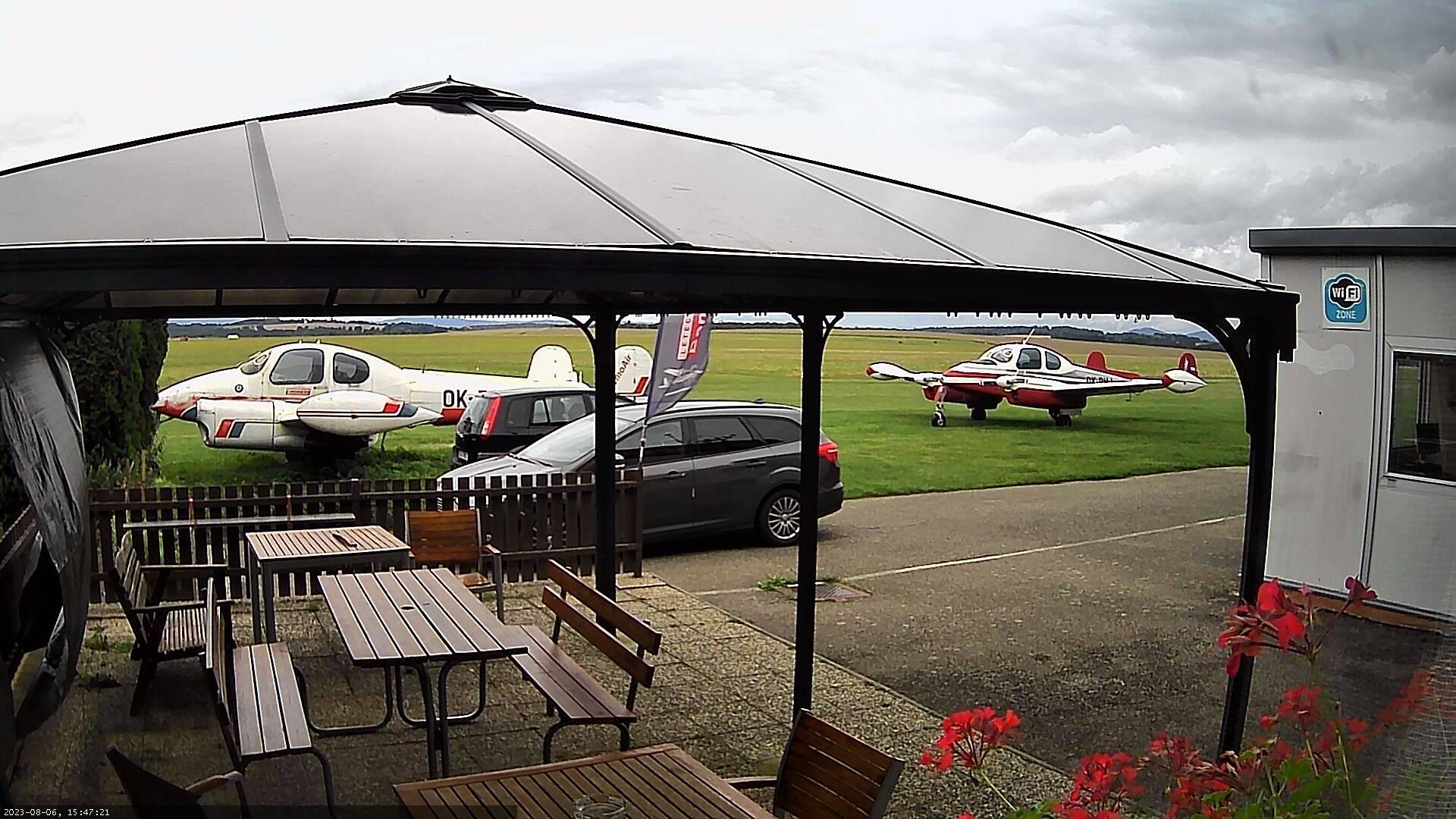 Webkamera Letiště Benešov - LKBE